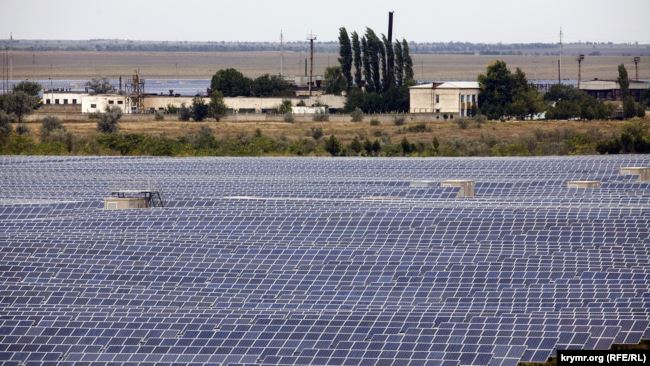 Так звана «зелена» енергія – з сонця і вітру – є найдорожчою