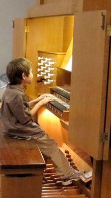 kid at organ