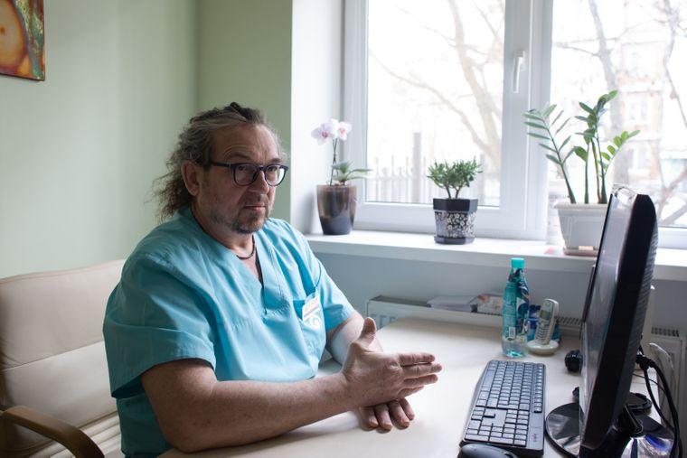«В этой профессии чувствуешь себя, как на войне, ведь от точности твоих действий зависит жизнь или смерть нерожденных детей», Киев, 16 марта 2020