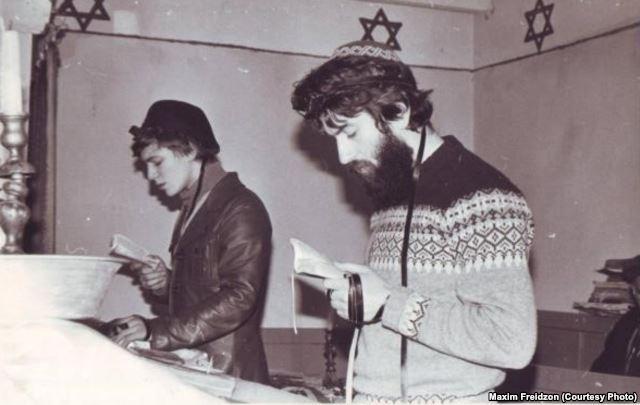 """Еврейские активисты Максим Фрейдзон и Михаил Эльман, 1982 """"Мы путешествовали по еврейской Грузии. Пекли мацу для Ленинградской общины"""""""
