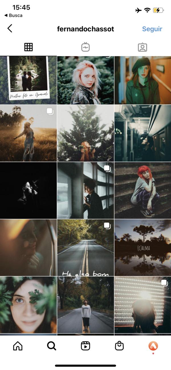 Print do feed de um perfil do instagram com fotos de mulheres em diferentes lugares