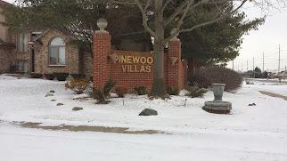 Pinewood Villa In Macomb Twp