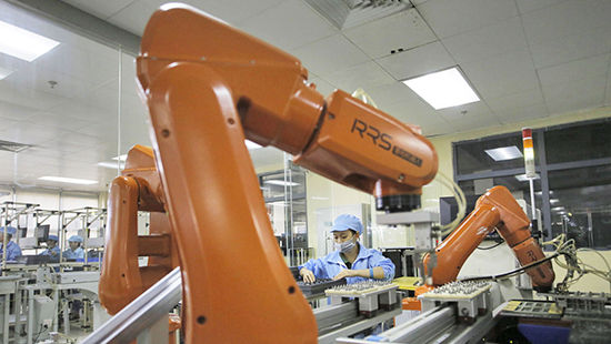 Foxconn ứng dụng quy trình tự động hóa vào sản xuất
