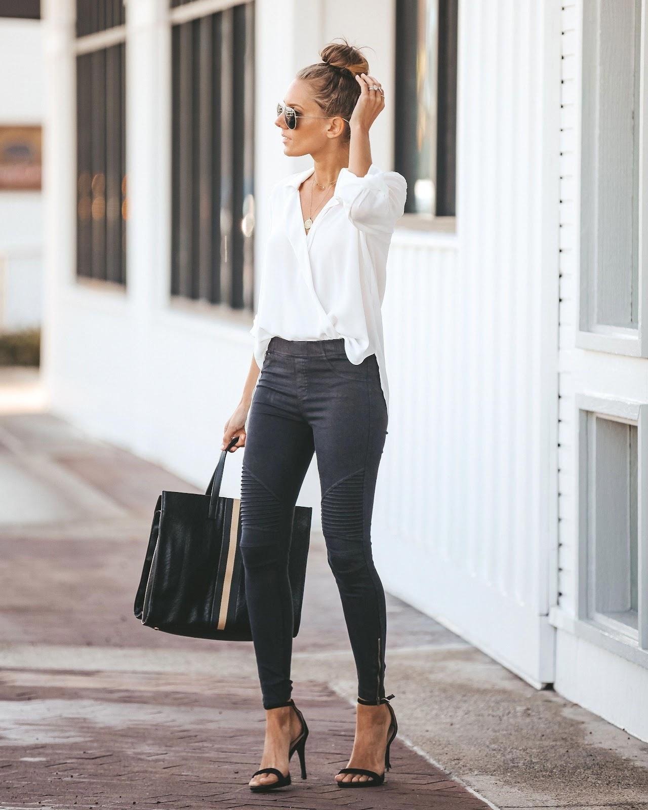 Best smart casual fashion women #smartcasualfashionwomen in 2020   Work  outfits women, Summer work outfits, Work fashion