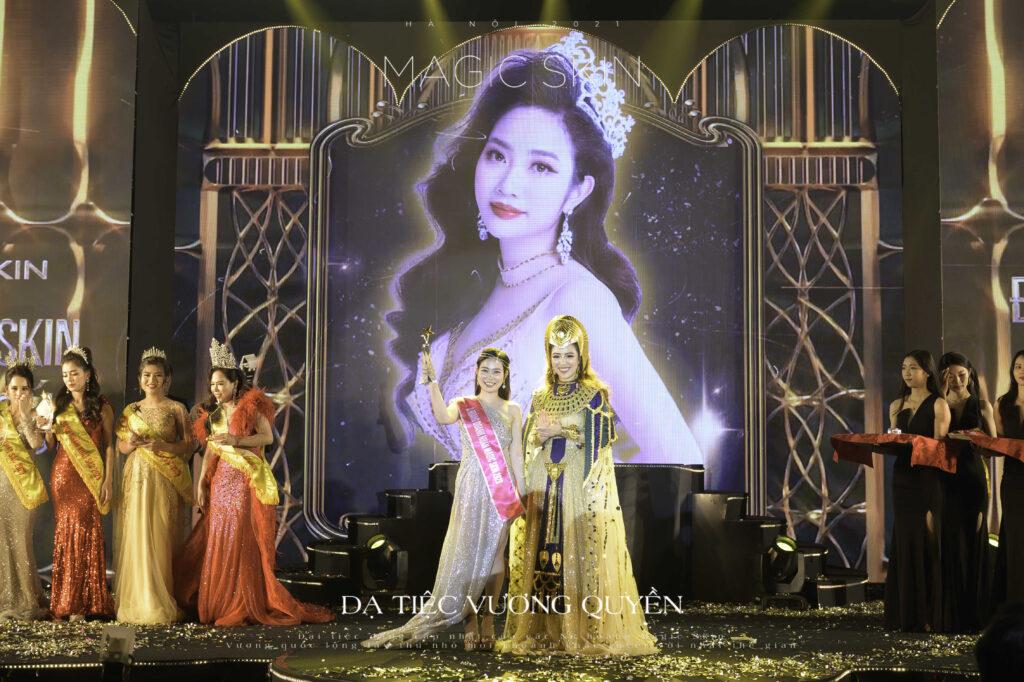 CEO Đinh Thị Cúc được vinh danh Á hoàng doanh nhân 2020 của thương hiệu mỹ phẩm Magic Skin - Ảnh 4