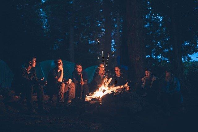 Proven Ways to Repel Bugs When Camping