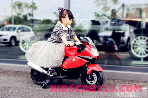 xe moto điện trẻ em BMW K1600S màu đỏ