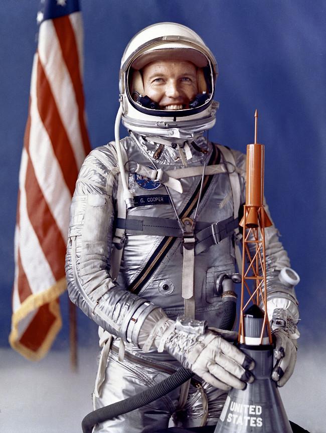 Gordon Cooper từng tham gia sứ mệnh Project Mercury của NASA.