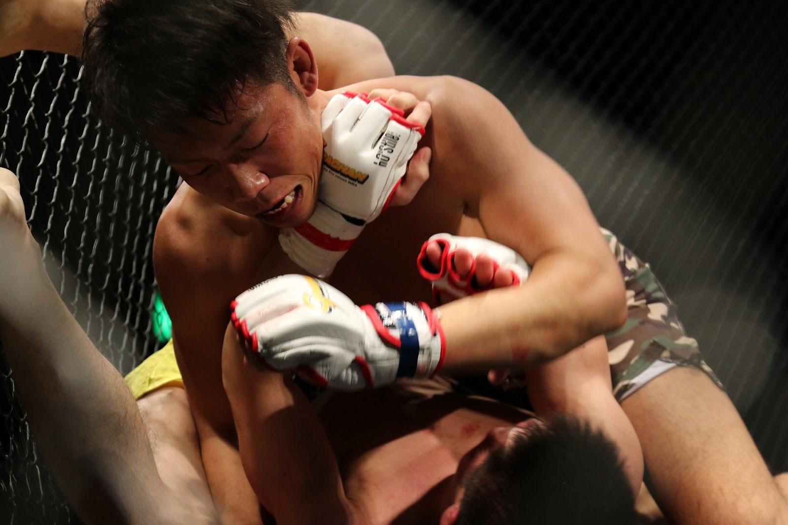 Có vẻ nguy hiểm, nhưng MMA thực sự an toàn hơn nhiều môn thể thao khác