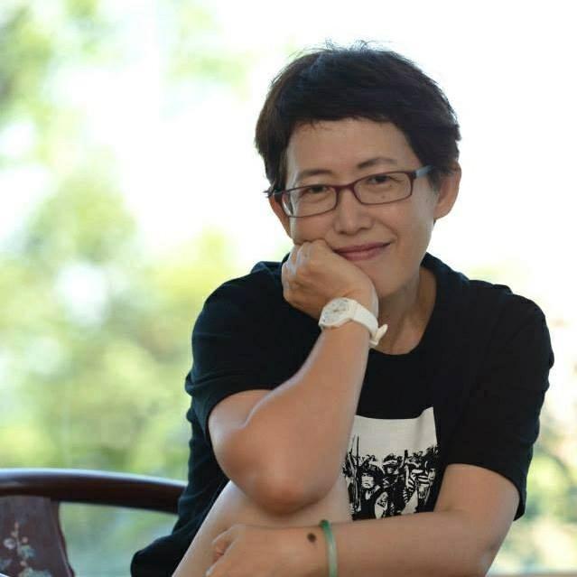 台灣再生能源推動聯盟理事長、恩吉歐社會企業總經理、長期關注推動再生能源、教育、媒體等社會公益。