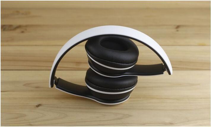 Casque Bluetooth 4.1 sans fil Stéréo 3 Fonctions EDR Réponse mains libre Téléphone Micro Bluetooth Radio FM Lecteur MP3 Carte Micro SD Oreillette pliable Couleurs www.avalonkef.com4.jpg