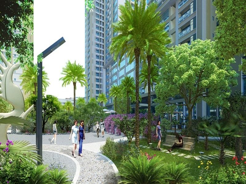 Khuôn viên cây xanh bao quanh tòa nhà Gelexia Riverside.jpg