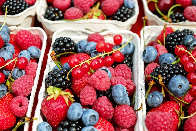 berries-1546125_1280.jpg