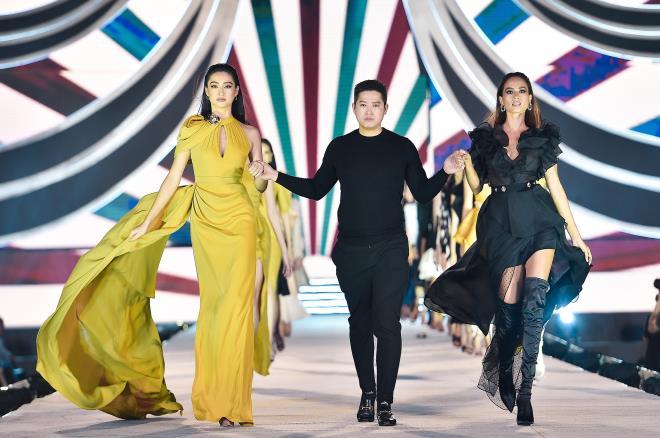 Kỳ Duyên, Đỗ Mỹ Linh khoe chân dài trong đêm thi của 'Hoa hậu Việt Nam' - 7