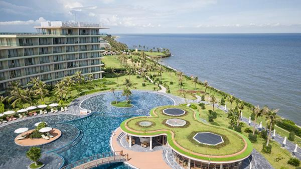 FLC Luxury Hotel