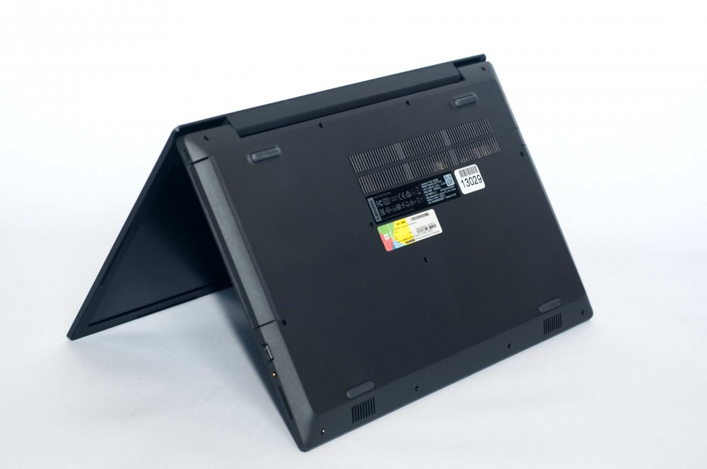 Lenovo V130