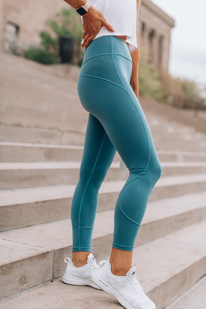 lululemon in movement tights in frosted pine