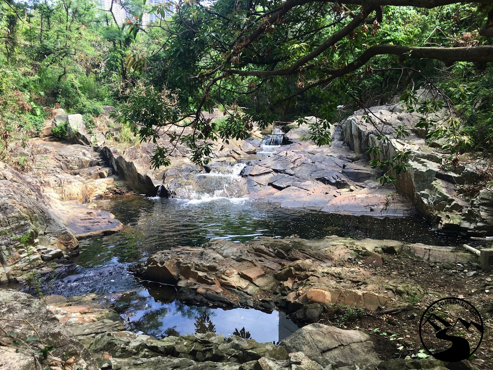 hike waterfall bay hong kong