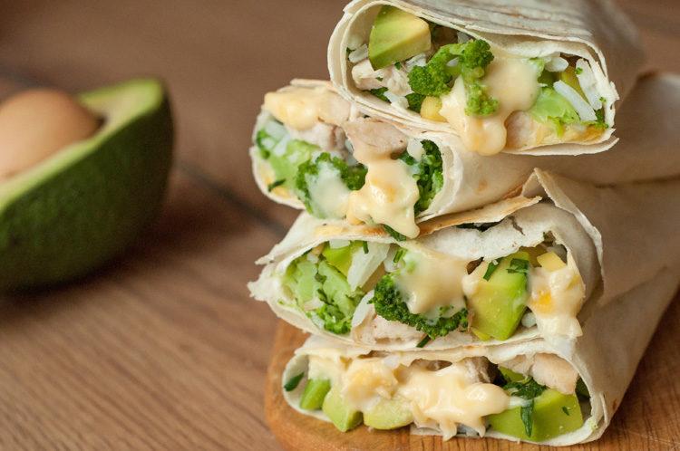 Healthy-Chicken-Burrito-Wraps-Recipe-1-750x498.jpg