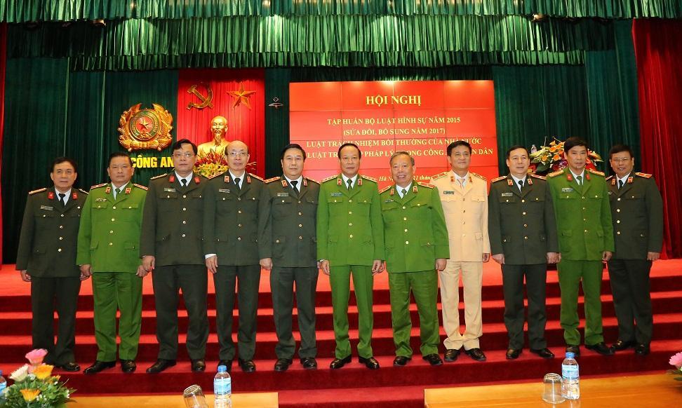 Description: http://mps.gov.vn/image/image_gallery?uuid=a9c02b94-fac9-4c3d-808d-1dc5e75702dc&groupId=14&t=1511285126846