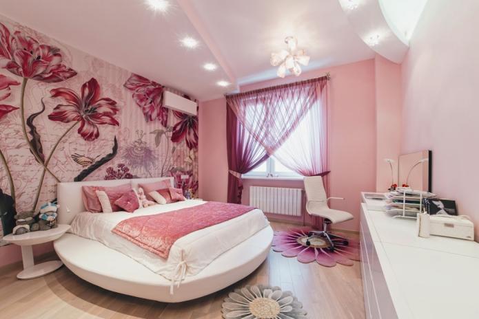 стена с фотообоями в спальне