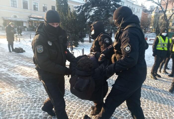 Затримання під час акції 19 січня. 2021 року. Київ.