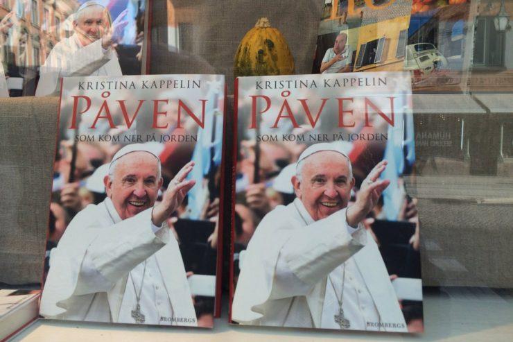 book-swNgười Công giáo Thụy Điển là ai?