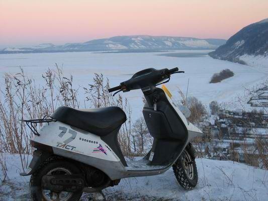 Картинки по запросу скутер зима