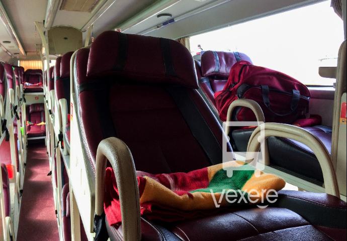 Nội thất xe Hà Bình - Hòa Nhã đi Gia Lai từ Sài Gòn