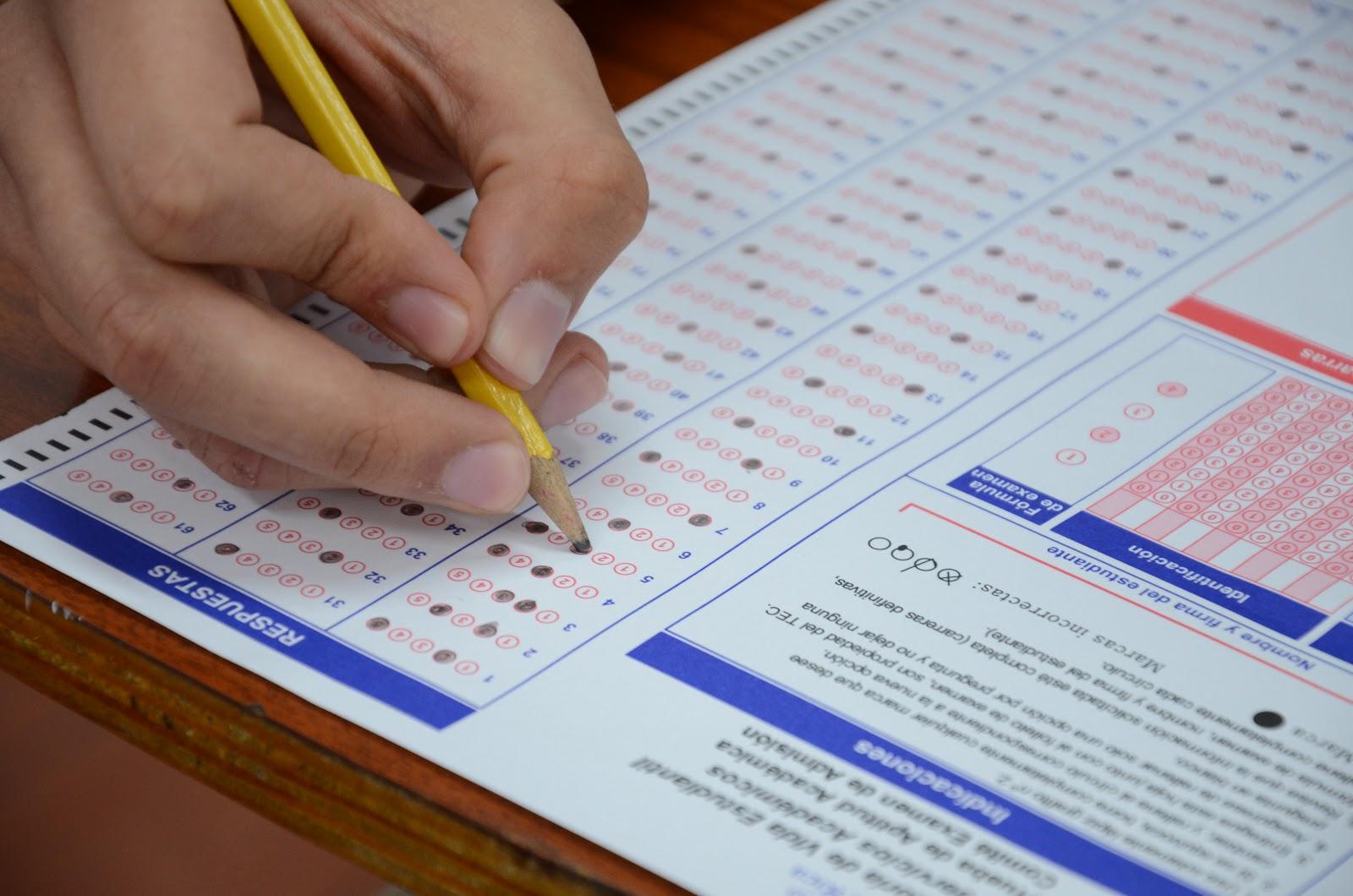 Examen de Admisión (1).JPG