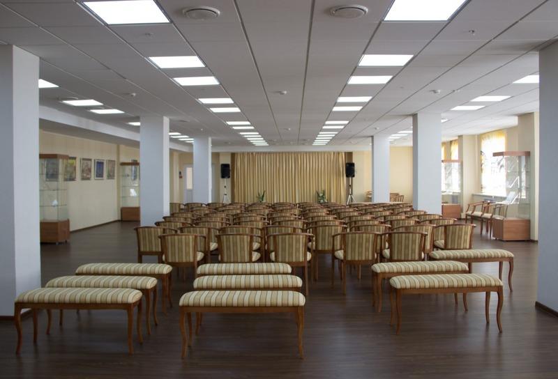 Губернаторский зал Лермонтовки
