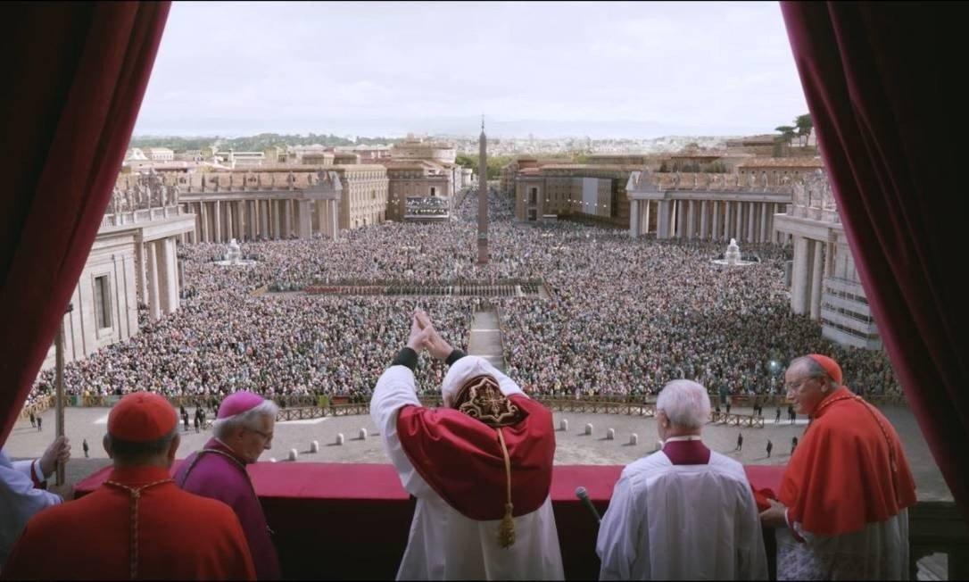 Esta cena de 'Dois papas', de Fernando Meirelles, foi criada com efeitos visuais porque o Vaticano não liberou as filmagens Foto: Divulgação / Netflix