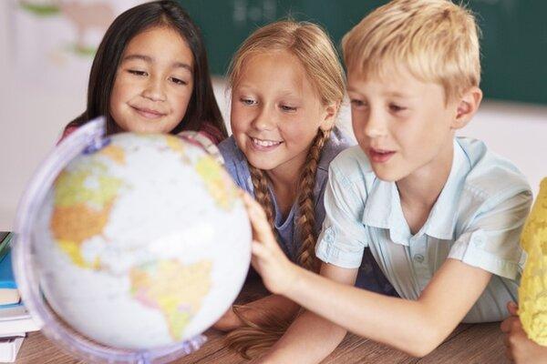 Montessori mang lại kiến thức về văn hóa