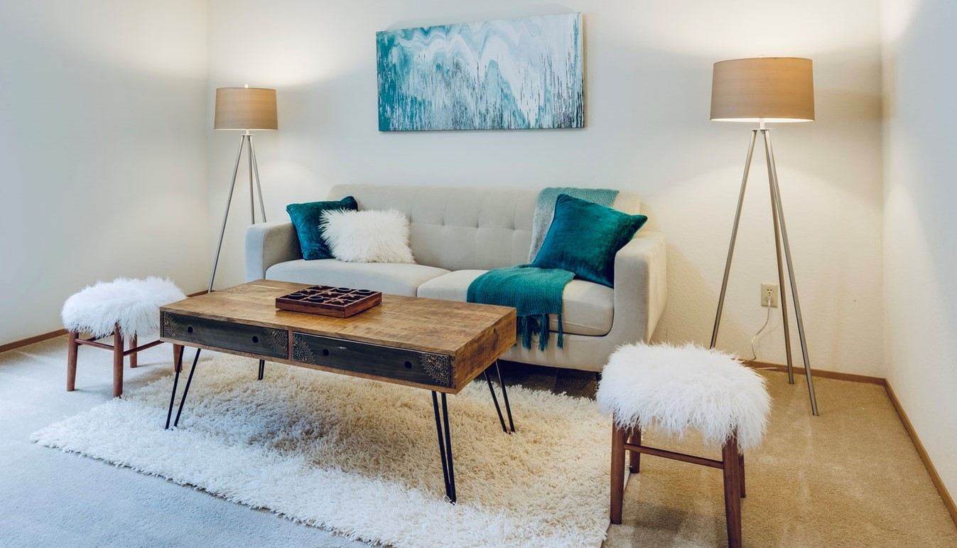 Interior design in a holiday home doesn't have to be boring, as functional indoor furniture can save the day