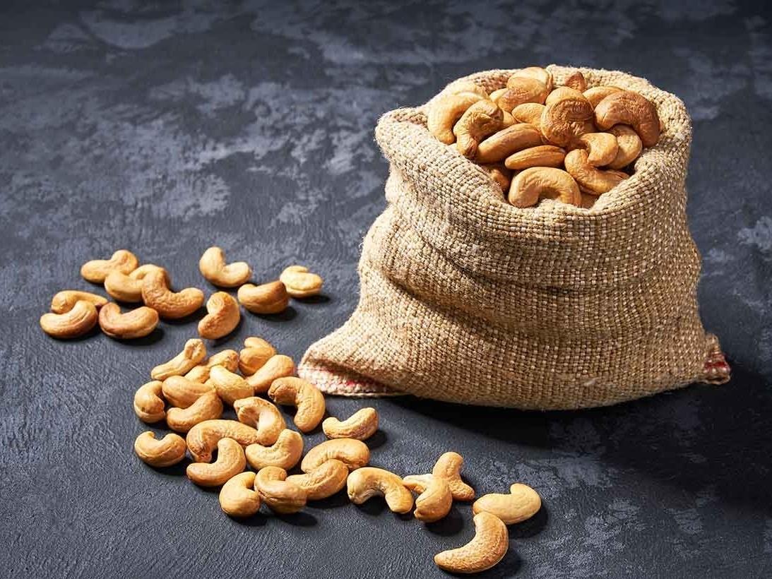 Chia sẻ cách phân biệt hạt điều Việt Nam và hạt điều nhập khẩu Bánh và Ngũ  Cốc Ăn Kiêng Tốt Cho Sức Khỏe