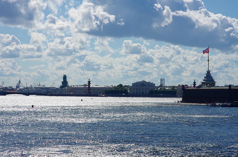 вид с Троицкого моста, Санкт-Петербург, Россия