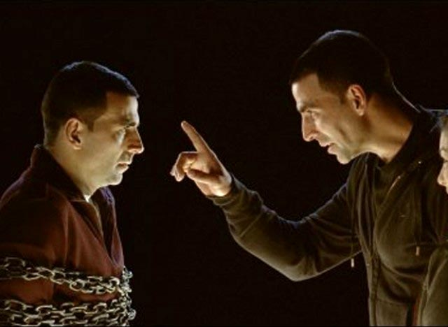 Akshay Kumar, Robot 2.0, psychological thriller, Tasveer, 8*10Tasveer, Omung Kumar, Omung Kumar & Akshay Kumar