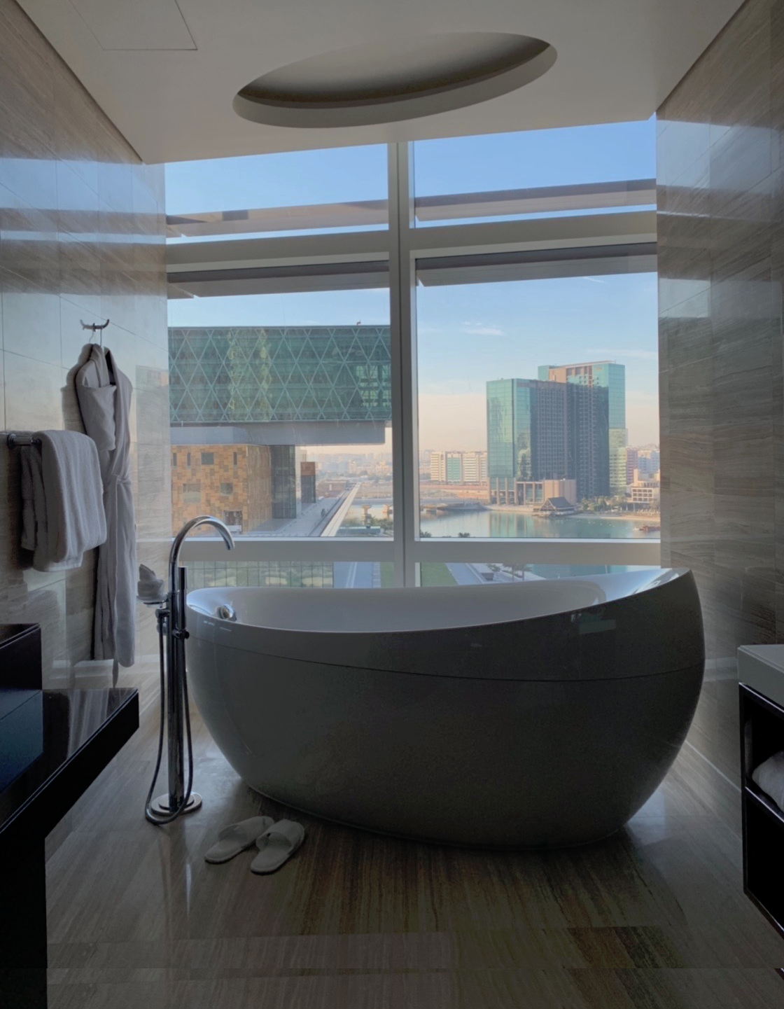 Etihad stopover - Rosewood Abu Dhabi by @nakslee