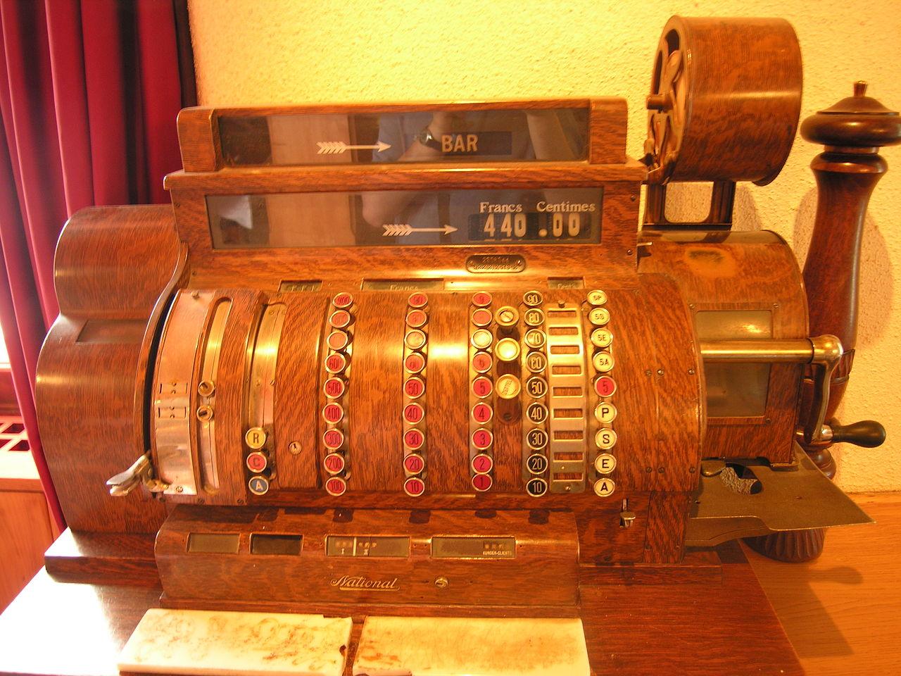 knappekasse, gammel kassaapparat, POS system, pos, kasseapparat