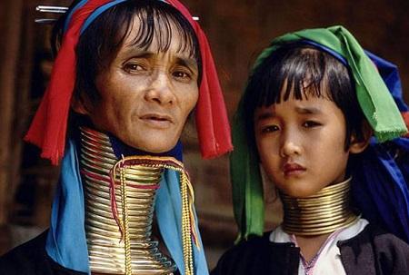 Suku Padaung – Leher Terpanjang di Dunia