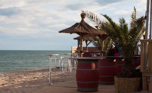 Le Guide COMPLET des paillotes et restaurant de bord de mer 57 - MontpelYeah Magazine