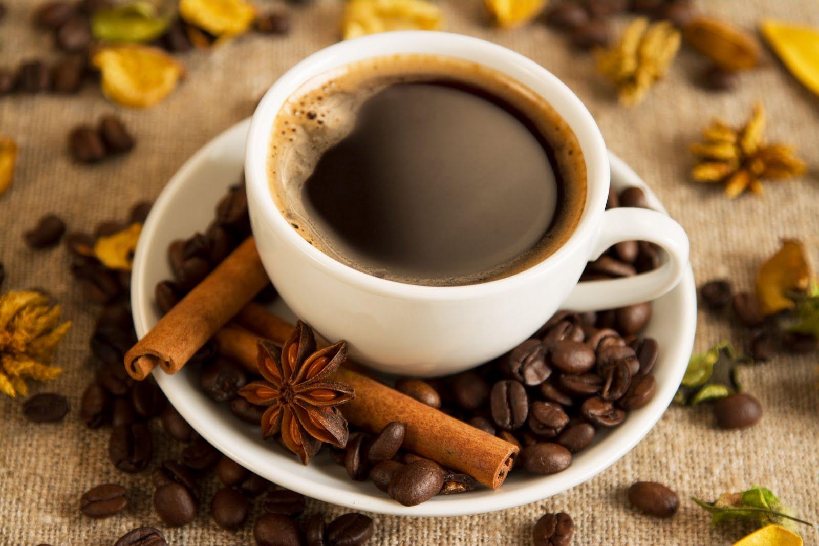 Cà phê nguyên chất giúp xóa thâm mụn trên da hiệu quả