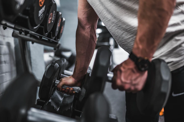 Here's how you can ease up muscle soreness after exercising