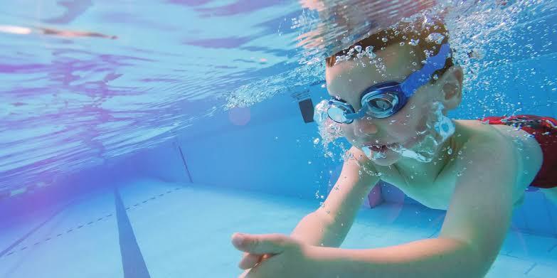 3. ว่ายน้ำ