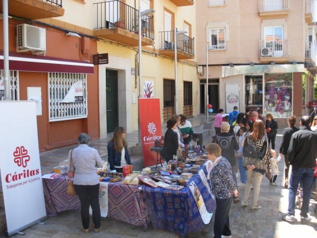 C:\Users\caritas\Documents\Grupo Comunicacion\FOTOS CARITAS\2018\Mercadillo de Comercio Justo  2018\DSCF0014.JPG