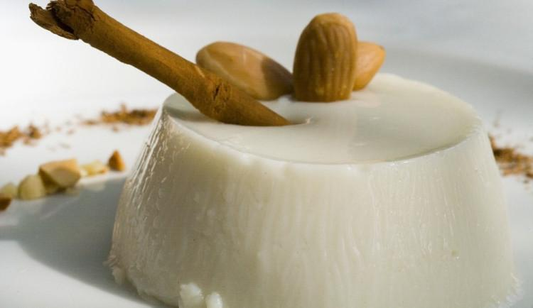 Biancomangiare, ricette medioevali – Perle di Strega