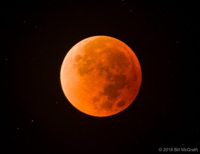 https://www.skyandtelescope.com/wp-content/uploads/2018-02-09_5a7de11f86b72_20180131LunarEclipse.jpg