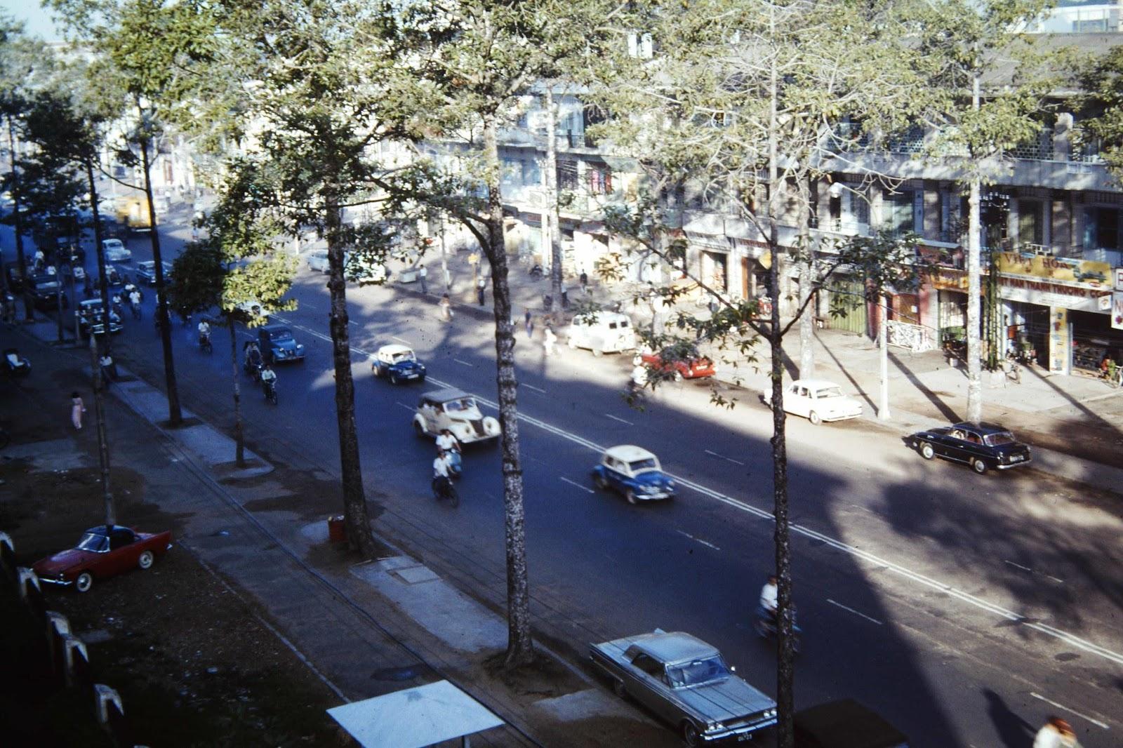 60 tấm ảnh màu đẹp nhất của đường phố Saigon thập niên 1960-1970 - 9