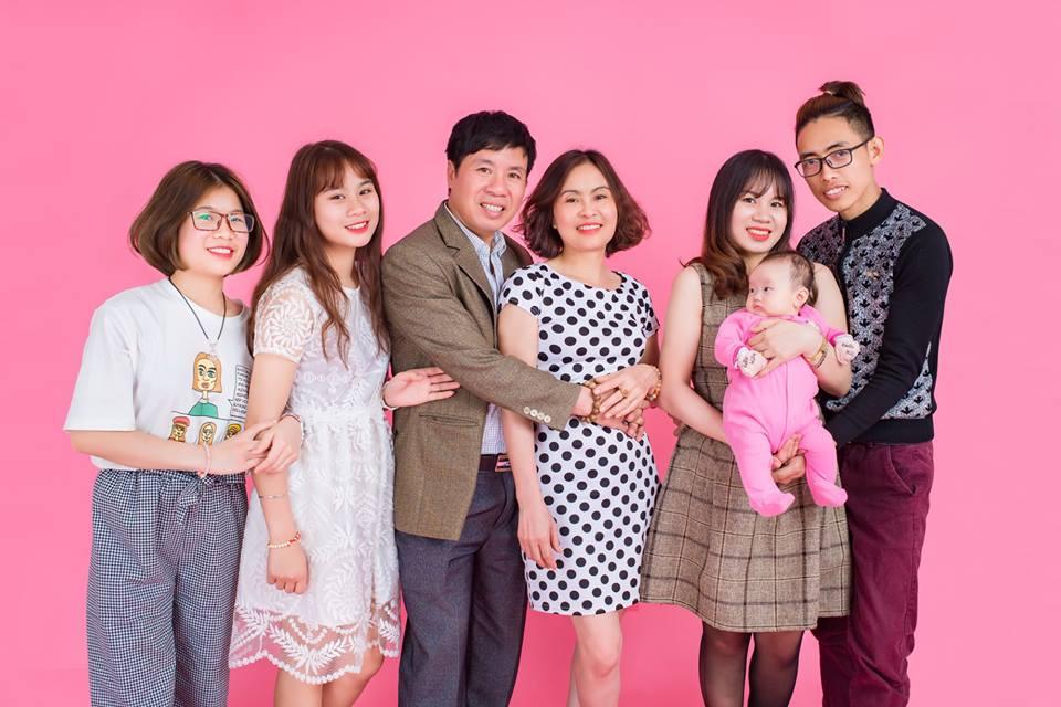 chụp ảnh gia đình ở palatino studio