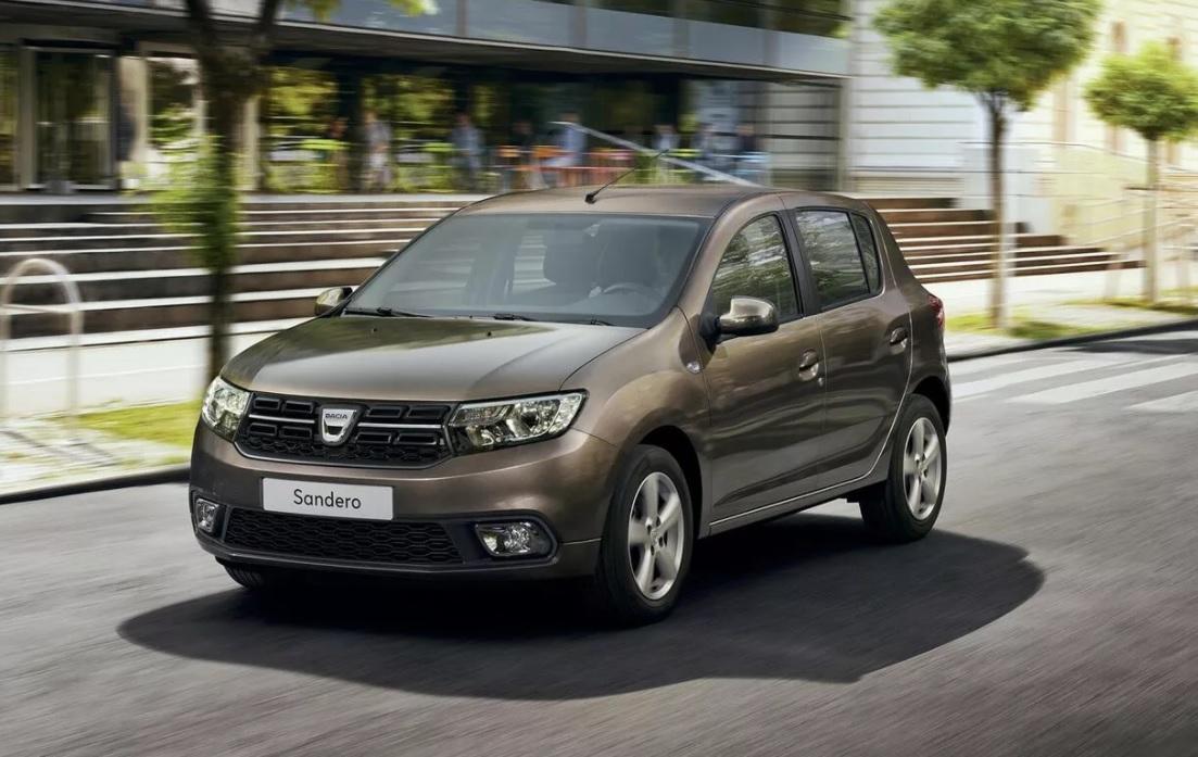 10 mașini noi pe care ți le poți cumpăra cu mai puțin de 15.000 de euro - Dacia Sandero
